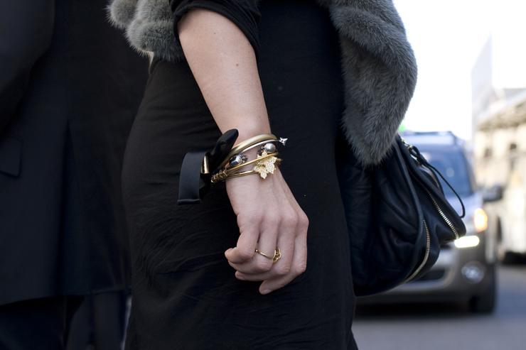 in detail winter street style jewellery
