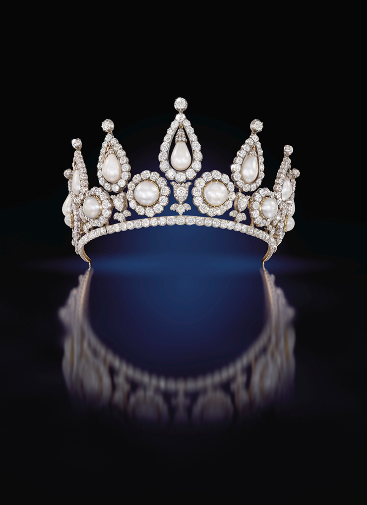The Rosebery Tiara QMA Collection. Photo c Sothebys Pearls