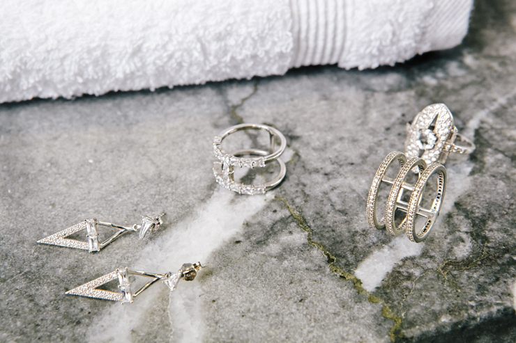 in detail v jewellery13482 Laura Vann